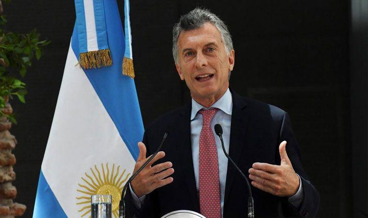 Macri ya llegó a Lima por la cumbre regional