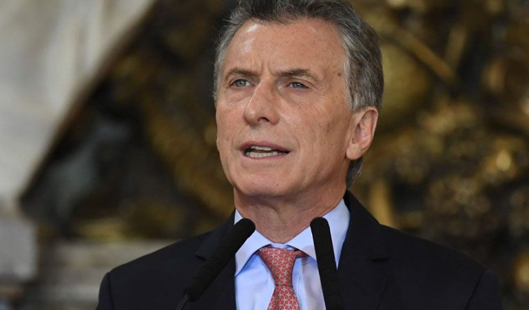 Triaca admitió que Macri está
