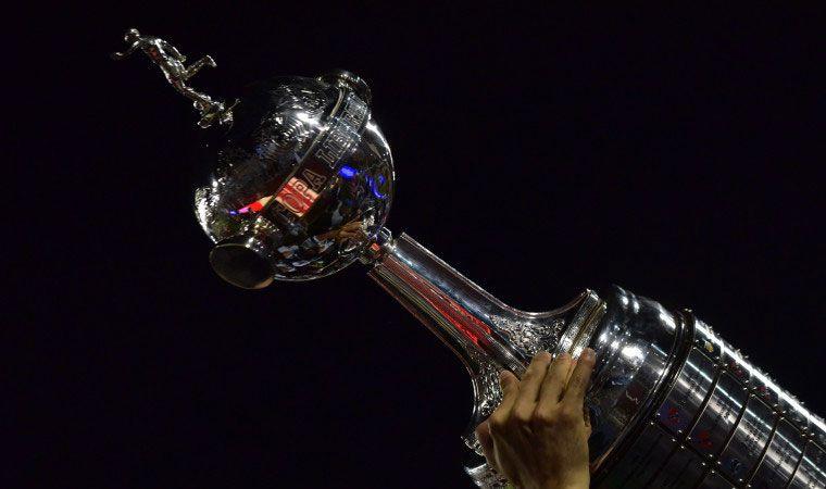 Unión aplastó a Talleres y sueña con la copa