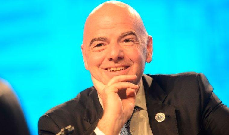 La FIFA propone organizar un mini Mundial cada dos años