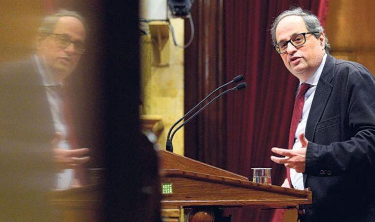 Puigdemont renuncia a ser escogido presidente catalán y designa a un sucesor