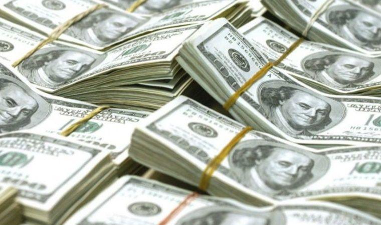 El dólar cortó la racha bajista y cerró a 39,44