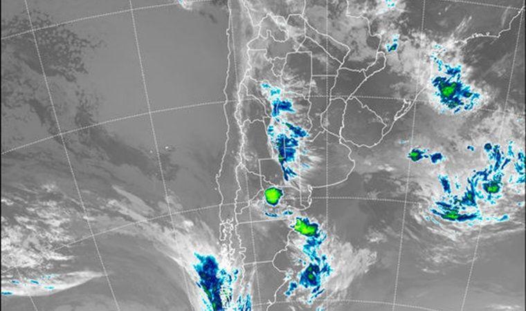 Santiago: Pronostican lluvias para  y una máxima de 27º