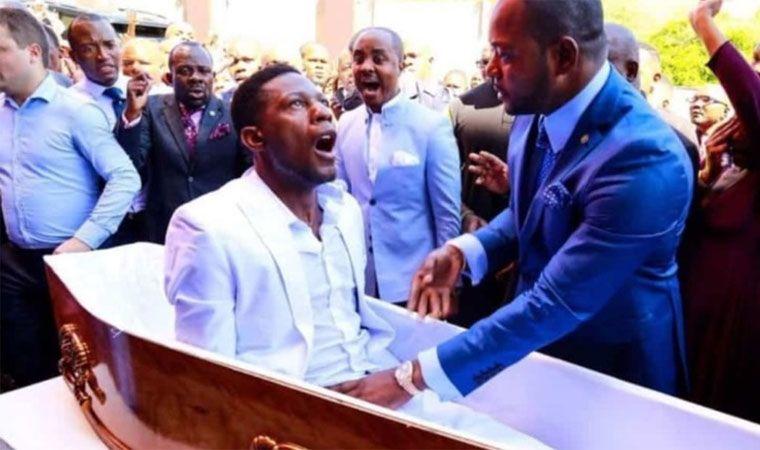 Polémica por pastor cristiano que 'resucitó' a un hombre en Sudáfrica