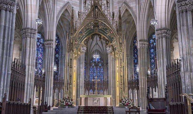 La policía protege la catedral neoyorkina de San Patricio