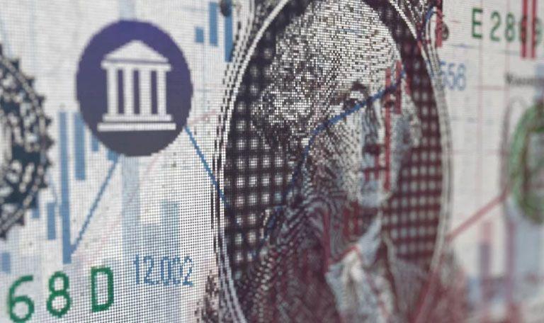 El dolar cerró por debajo de los 45 pesos