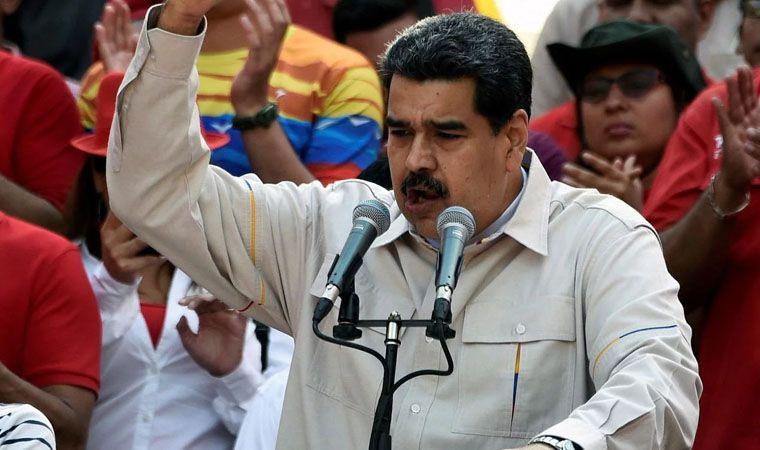 Maduro a Bachelet: Firmaste un documento que ni leíste