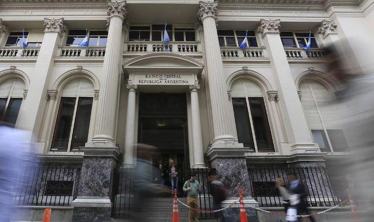 Bancos deberán tener autorización del BCRA para sus utilidades al exterior
