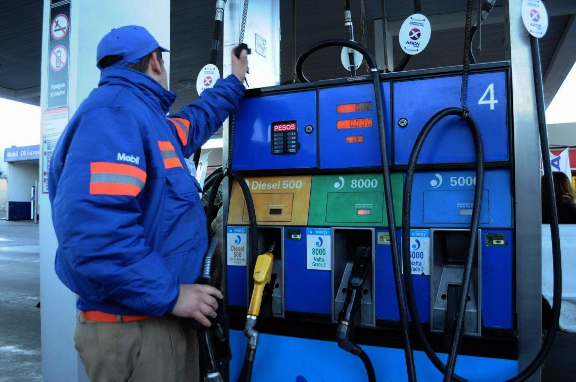 La nafta aumentaría desde este jueves en Tucumán