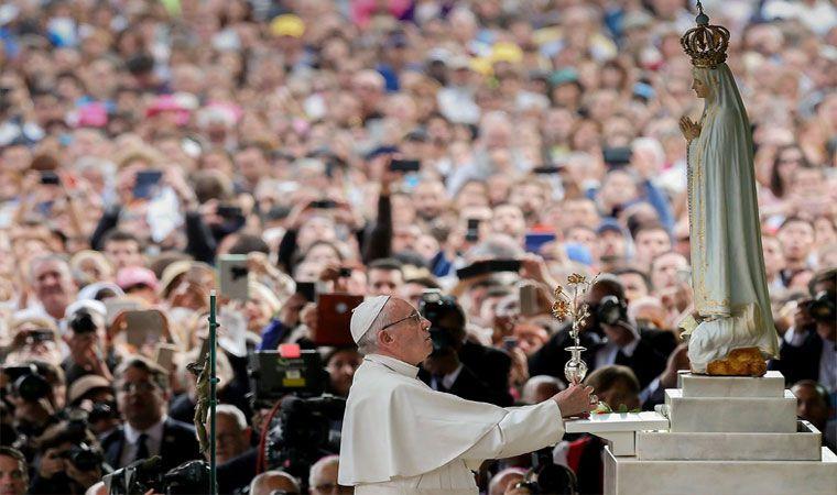 El Papa canonizó a los pastorcitos de Fátima