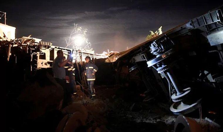 Dos muertos en descarrilamiento de tren en Grecia