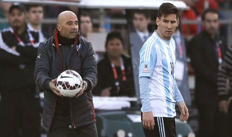 Sin entrenador oficial, Argentina convoca para partidos con Brasil y Singapur