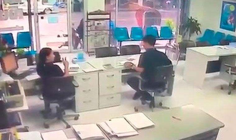Tailandia fue al trabajo de su ex y la mat a balazos for Oficina fenix directo