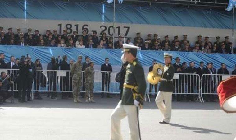 Mirá las mejores fotos del desfile militar del 25 de Mayo