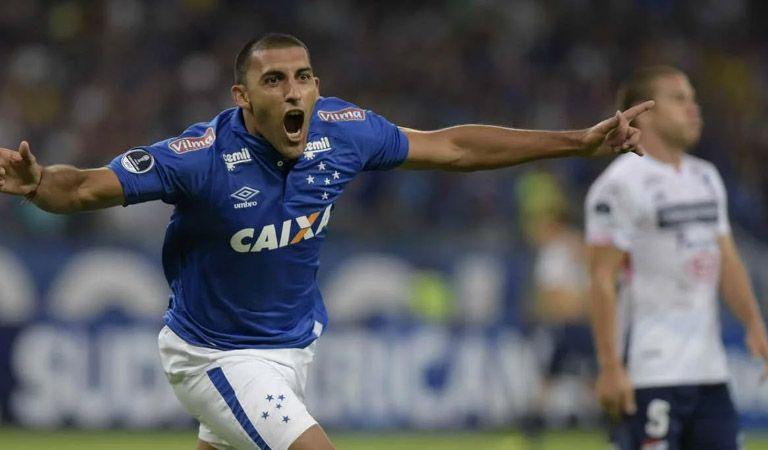 Boca tiene delantero en vista si Benedetto decide dejar el club