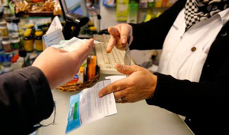 Preocupación en farmacias uruguayas que venden marihuana por cierre de cuentas