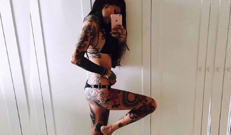 Candelaria Tinelli, en bikini y con celulitis:
