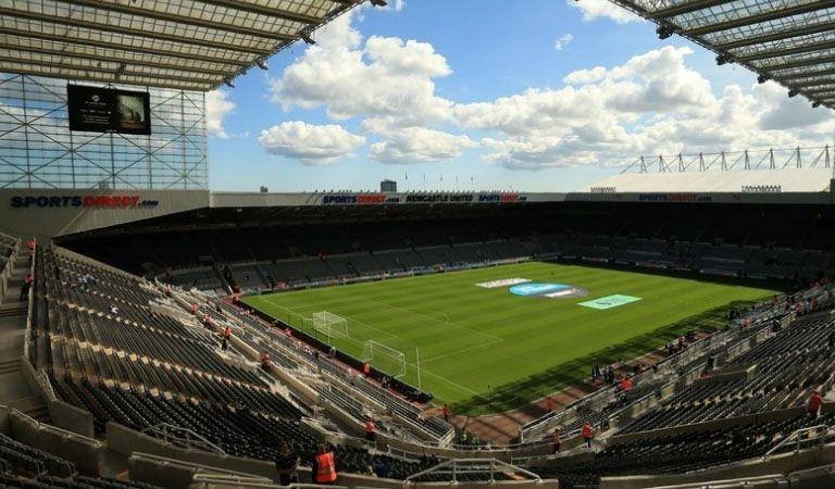 El empresario Mike Ashley pone en venta el Newcastle