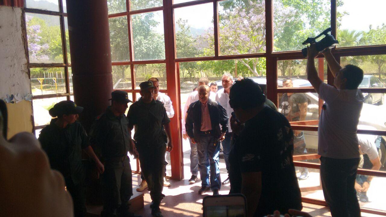 Elecciones 2017 | Carlos Menem votó y evitó opinar del caso Maldonado