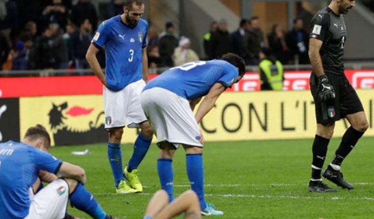 ¿Vuelve? Zlatan Ibrahimovic celebró la clasificación de Suecia al Mundial