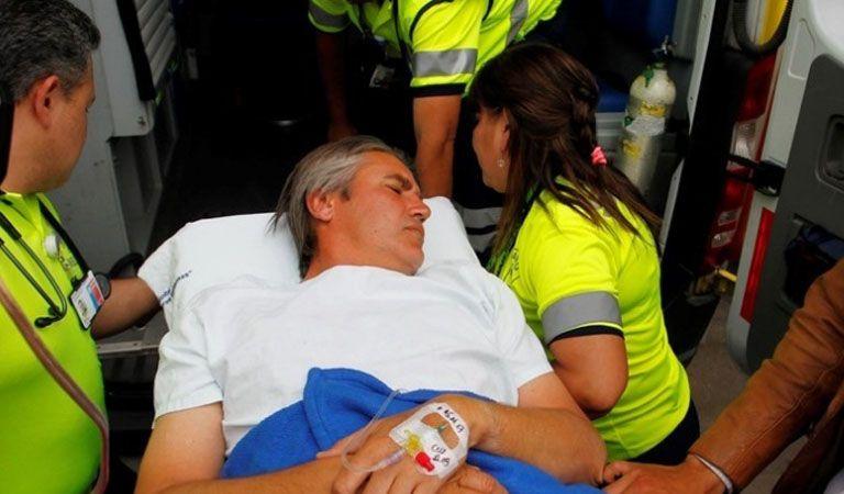 Senador Rossi sufre ataque con arma blanca durante actividad de campaña