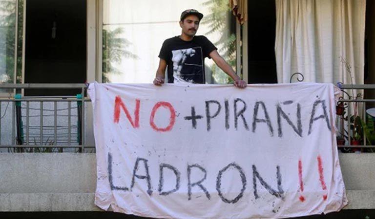 Grupo de jóvenes estudiantes intentó tomarse el Comando de Sebastián Piñera