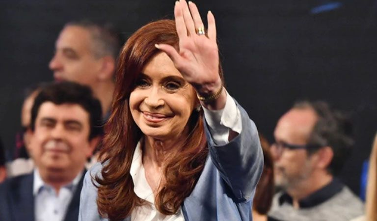 Cristina Kirchner contra la reforma laboral: pidió que acompañen la marcha sindical