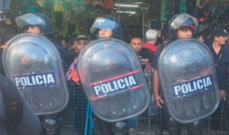 Megaoperativo en La Salada: allanan 500 puestos por falsificación de marcas