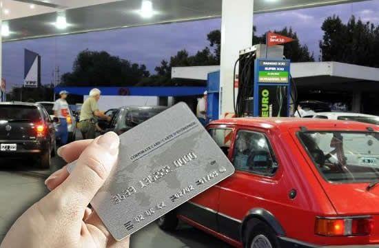Estacioneros amenazan con no recibir tarjetas de crédito