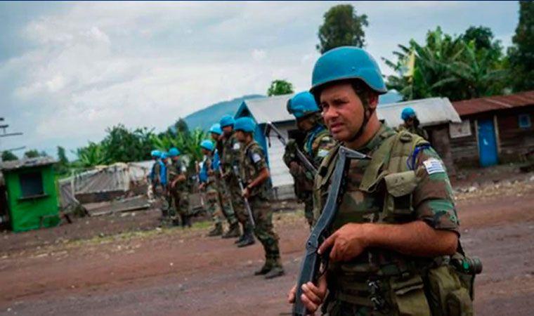 Mueren al menos 14 cascos azules durante enfrentamiento en RDC