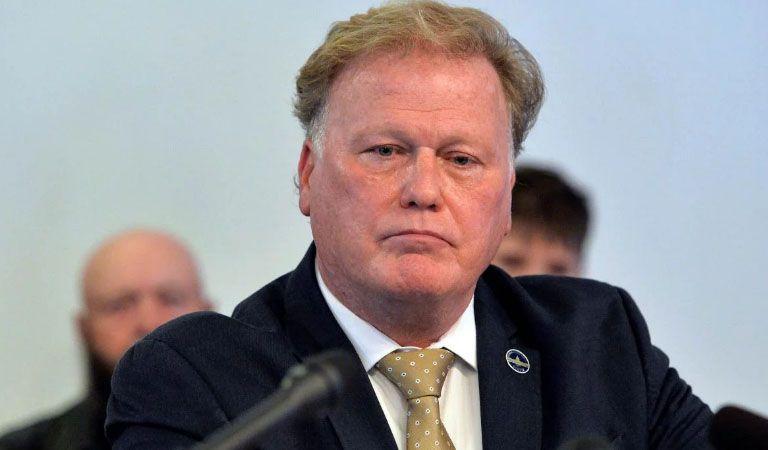 Legislador involucrado en escándalo sexual se habría suicidado en Kentucky