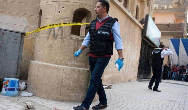 Suman 10 los muertos tras atentado contra una iglesia en Egipto