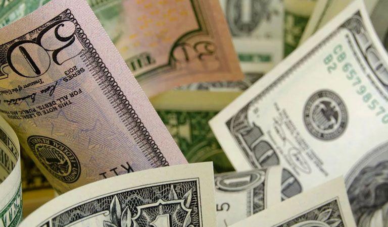 Expectativa en mercados empuja al peso; dólar se vende en $18.80