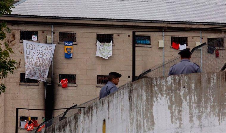 Tras décadas de reclamos, anuncian la mudanza de la cárcel de Devoto
